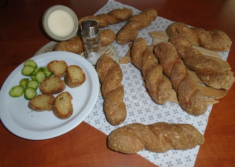 http://glutenmenteslisztek.hu/shop_ordered/68104/pic/csavaroskiflik180828.jpg
