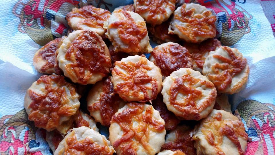 http://glutenmenteslisztek.hu/shop_ordered/68104/pic/keltes-pogacsak.jpg